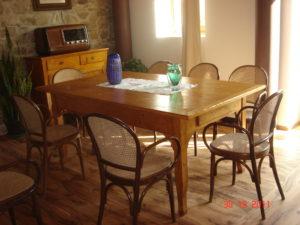 tavolo allungabile in abete riciclato